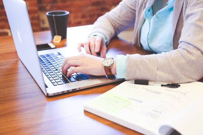 8 Mistakes to Avoid When Hiring an Online Tutor for Homework Help