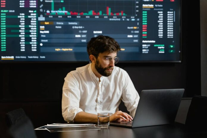 Five Tips for Becoming Successful Currency Trader